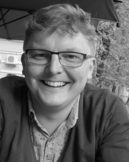 "<a target=""_blank"" href=""https://www.uni-regensburg.de/citas/english/structure/dr-paul-vickers/index.html"">Paul Vickers</a>"